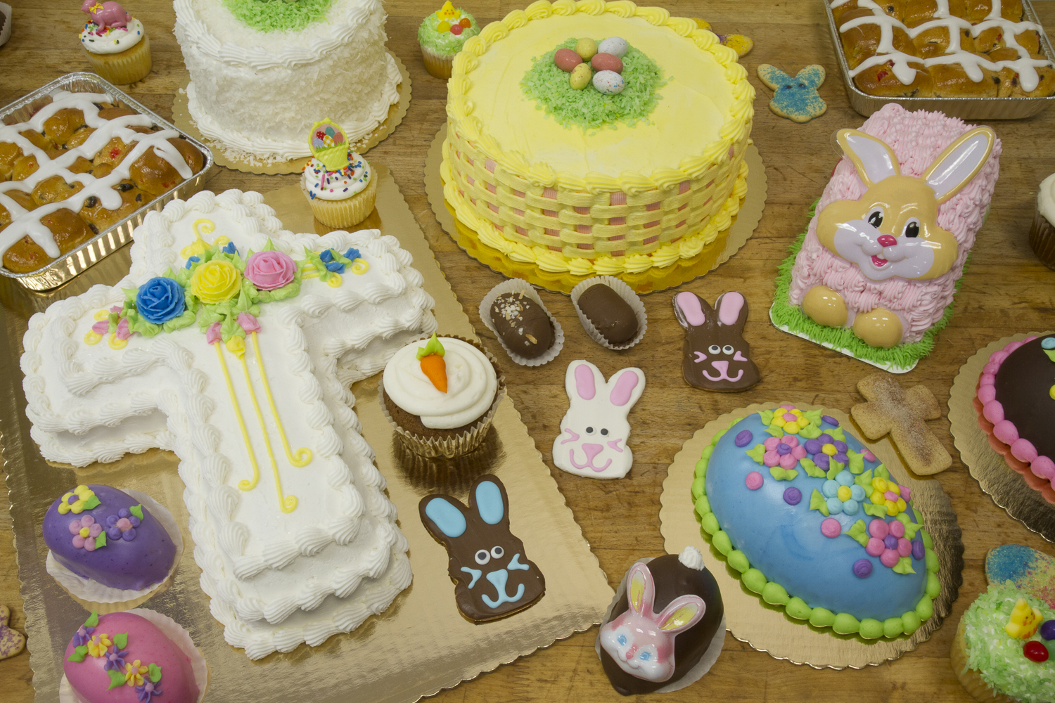 Montgomery Bakehouse Easter Cakes and Treats | Montgomery Bakehouse